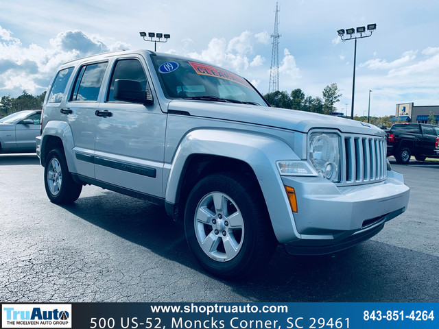 Pre-Owned 2009 Jeep Liberty 4WD 4dr Sport