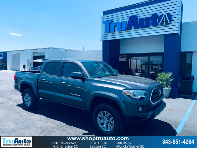 Pre-Owned 2016 Toyota Tacoma 2WD Double Cab V6 AT SR5