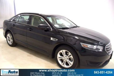 Pre-Owned 2017 Ford Taurus SE FWD