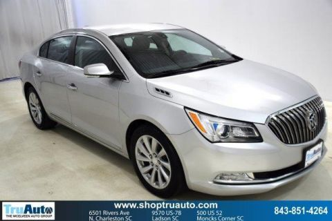 Pre-Owned 2015 Buick LaCrosse 4dr Sdn Leather FWD