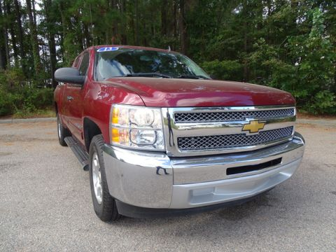 Pre-Owned 2013 Chevrolet Silverado 1500 2WD Ext Cab 143.5 LT