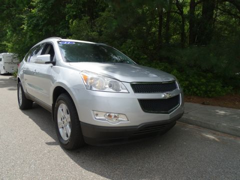 Pre-Owned 2011 Chevrolet Traverse FWD 4dr LT w/1LT