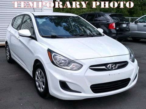 Pre-Owned 2012 Hyundai Accent 5dr HB Auto GS